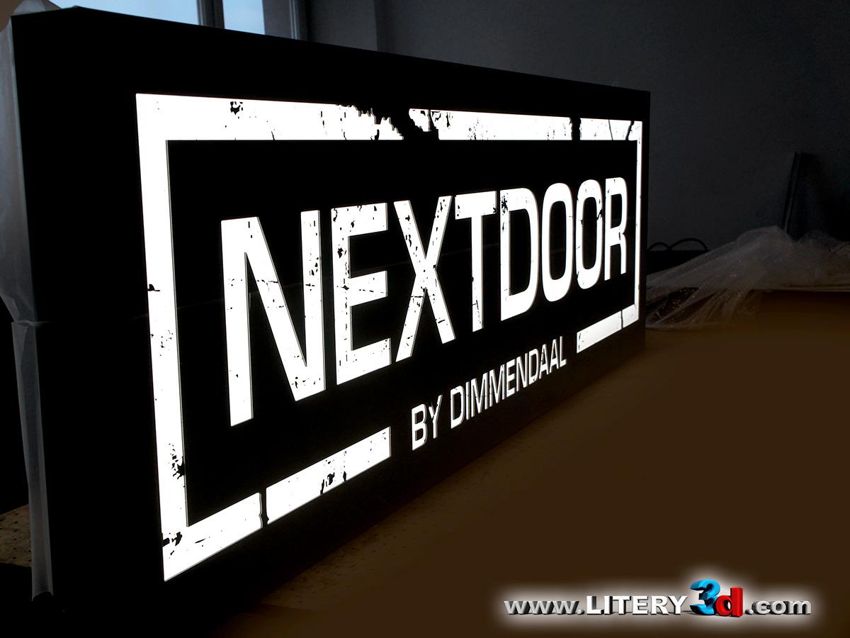 NEXTDOOR_4